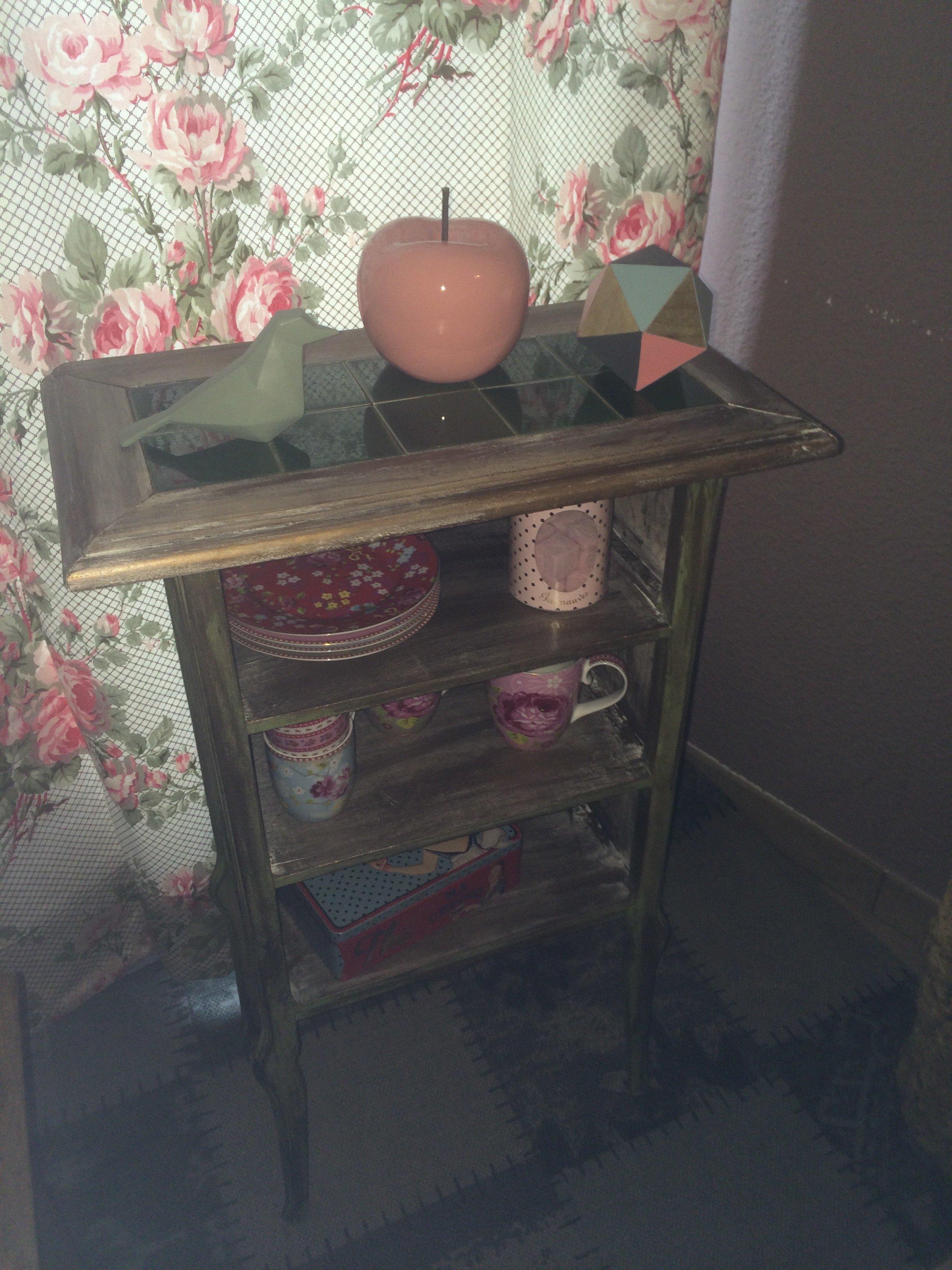 le meuble de cuisine shabby chic vert abracadabra la magie des meubles relook s. Black Bedroom Furniture Sets. Home Design Ideas
